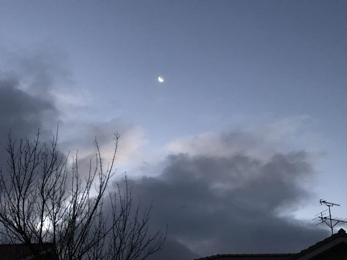 月→雪→晴→?