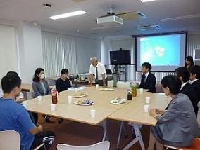 大学院修士論文中間発表会・懇親茶話会を開催しました